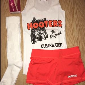 Hooters Tank shorts hose XL socks LRG/MED